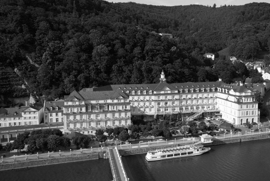 Spielstätte: Häcker's Grand Hotel